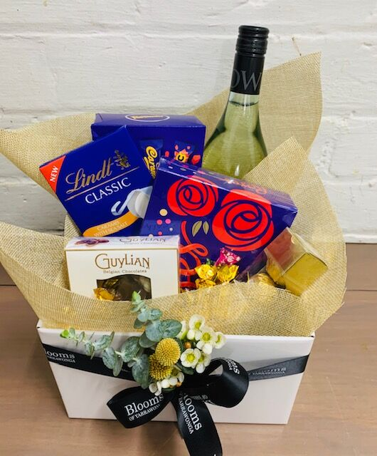 Sweet delight Hamper Blooms of Yarrawonga